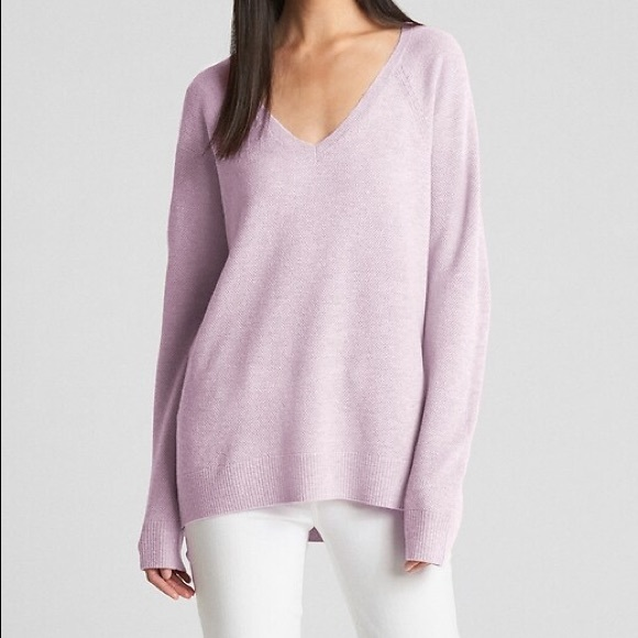 🆕 NWT Gap Lilac Sweater
